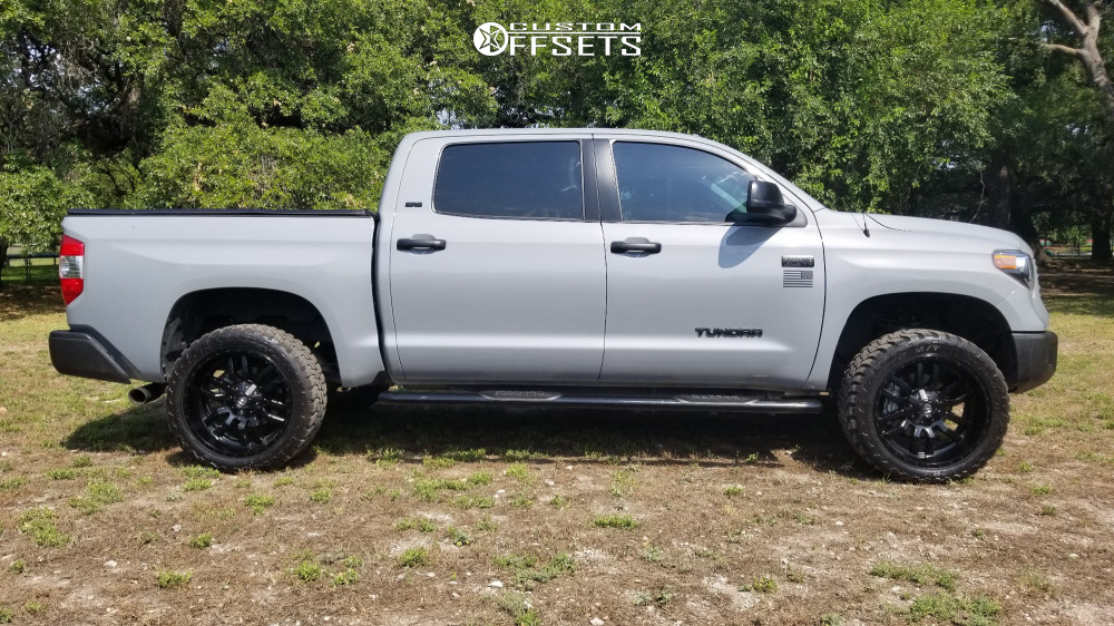 12 2018 Tundra Toyota Rough Country Suspension Lift 4in Fuel Sledge Black