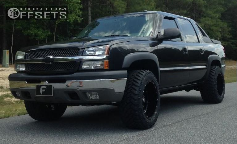 wheel offset 2004 chevrolet avalanche 1500 super aggressive 3 5 leveling kit custom rims. Black Bedroom Furniture Sets. Home Design Ideas