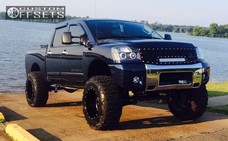 2010 Nissan Titan Fuel Hostage Rough Country Suspension Lift 9in