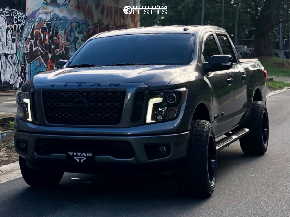 Lifted Nissan Titan >> Rough Country 83400 83430 83423 83432 3 Nissan Bolt On