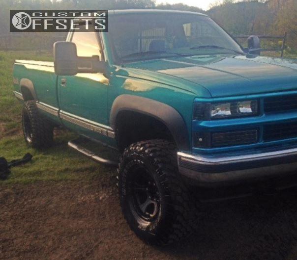Wheel Offset 1995 Chevrolet K1500 Aggressive 1 Outside