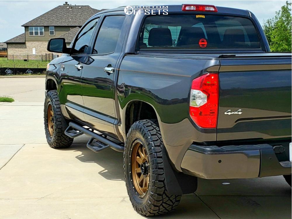 Toyota Tundra Leveling Kit