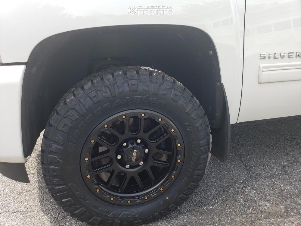 2011 Chevrolet Silverado 1500 Flush on 18x9 18 offset Vision Nemesis and 275/70 Nitto Ridge Grappler on Leveling Kit - Custom Offsets Gallery