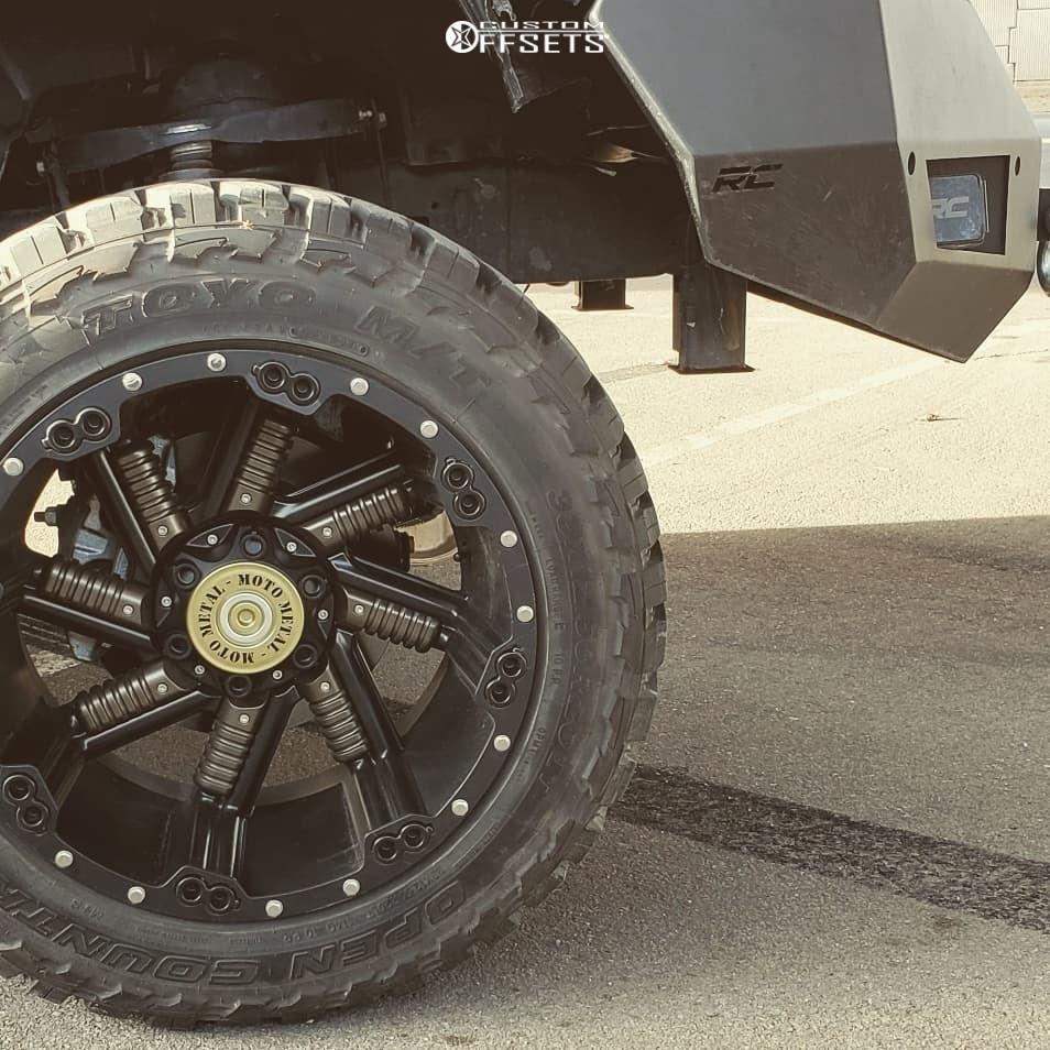 15 2018 1500 Ram Rough Country Suspension Lift 6in Moto Metal Mo979 Black
