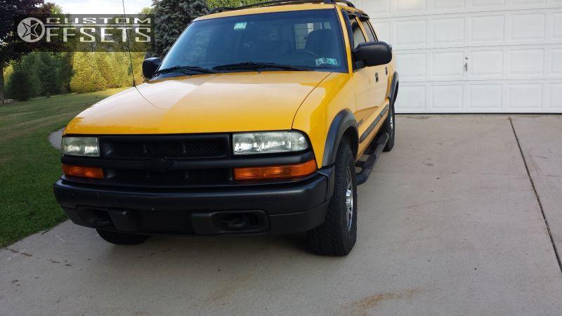 2 2004 S10 Chevrolet Stock Chevrolet S10 Gunmetal Tucked