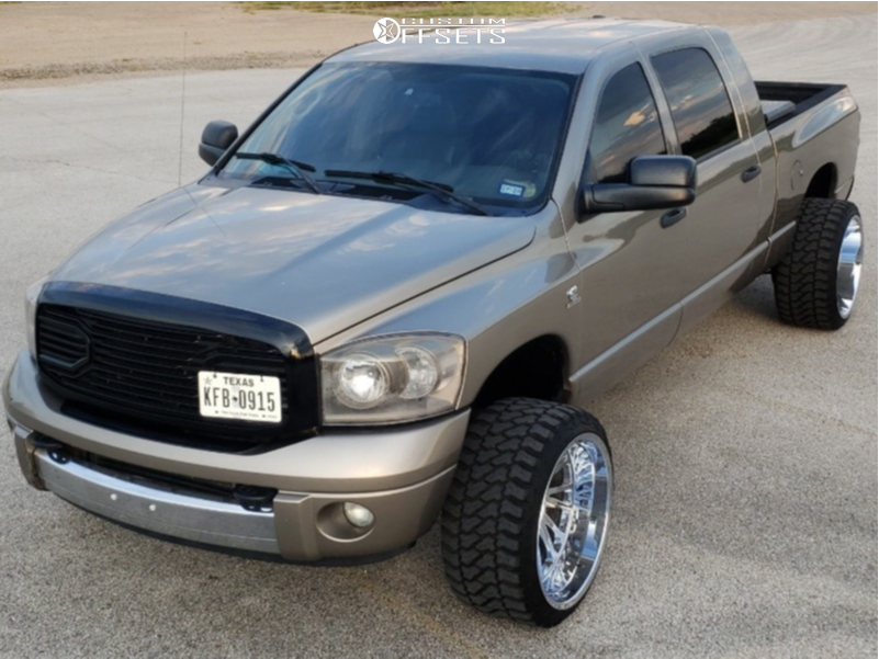 """2007 Dodge Ram 2500 Super Aggressive 3""""-5"""" on 24x14 -76 offset Tuff T2a and 33""""x14.5"""" Fury Offroad Country Hunter Mt on Leveling Kit - Custom Offsets Gallery"""