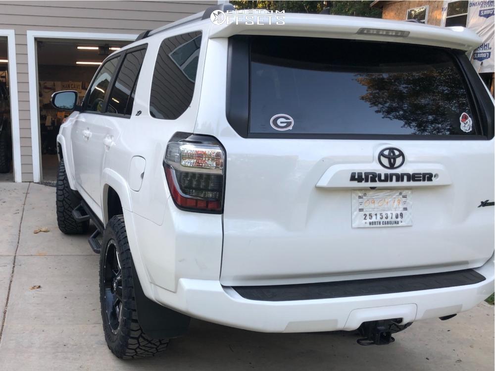 2019 Toyota 4runner Fuel Maverick D610 Toytec Lifts | Custom