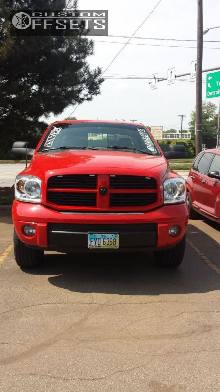 """2008 Dodge Ram 1500 Nearly Flush on 20x9 31 offset Stock OEM and 32""""x11.5"""" Cooper Discoverer on Leveling Kit - Custom Offsets Gallery"""