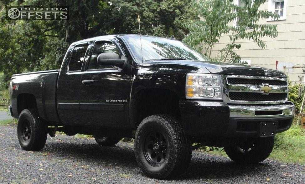 Silverado Chevrolet Suspension Lift Mickey Thompson Classic Iii Black Aggressive Outside Fender