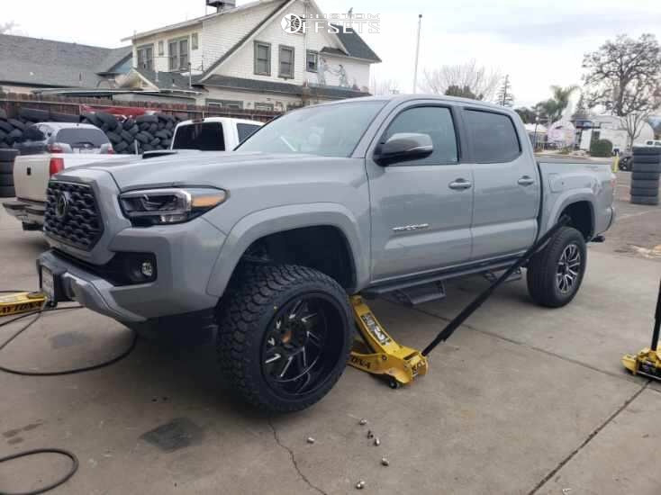 leveling kit tacoma toyota rough country gear wheel 20x12 road forged custom offset