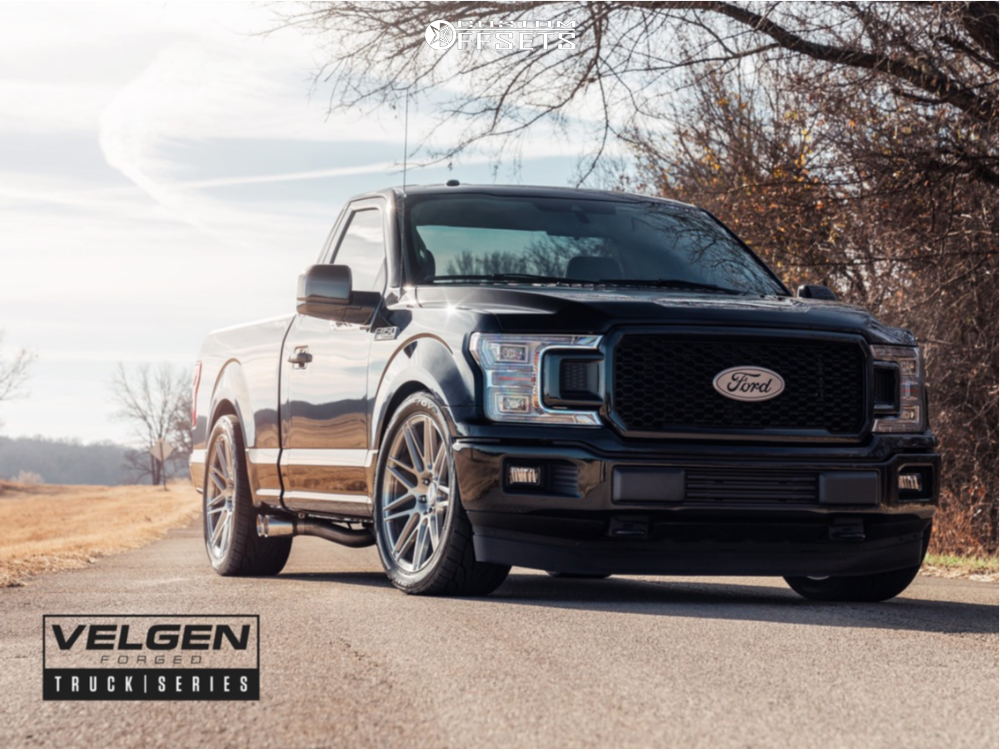 2018 Ford F-150 Flush on 22x10 30 offset Velgen Vft9 and 305/40 Toyo Tires Proxes St Iii on Lowered 4F / 6R - Custom Offsets Gallery