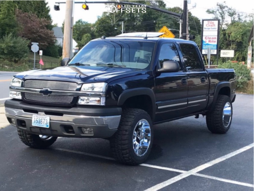 "2005 Chevrolet Silverado 1500 Aggressive > 1"" outside fender on 20x12 -55 offset Vision Sliver and 33""x12.5"" Federal Couragia Mt on Leveling Kit - Custom Offsets Gallery"