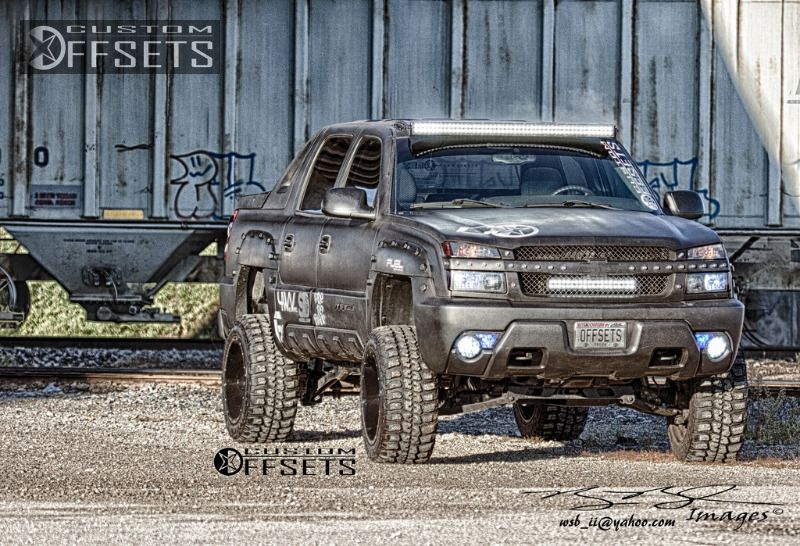 898 11 2003 avalanche chevrolet suspension lift 6 fuel driller 2 piece machined accents super aggressive 3.jpg