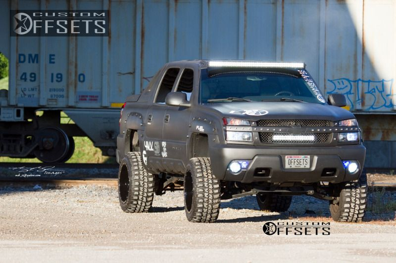898 19 2003 avalanche chevrolet suspension lift 6 fuel driller 2 piece machined accents super aggressive 3.jpg