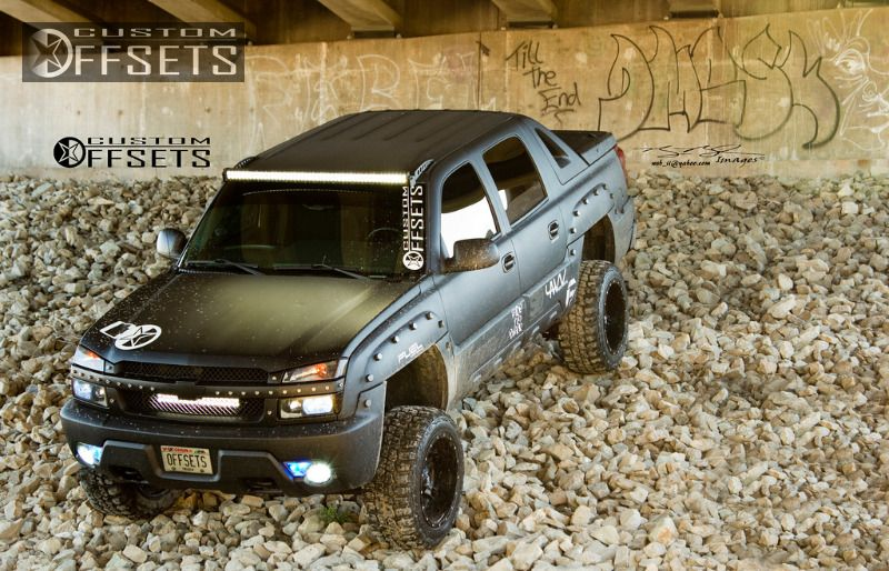 898 33 2003 avalanche chevrolet suspension lift 6 fuel driller 2 piece machined accents super aggressive 3.jpg