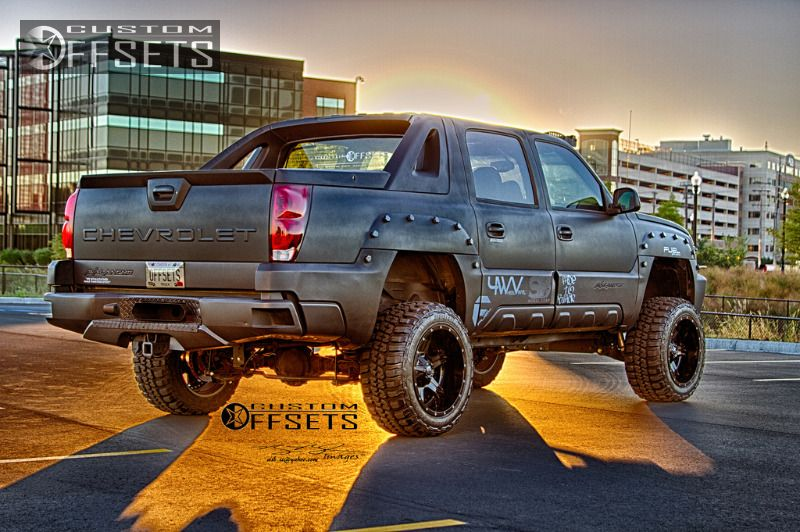898 38 2003 avalanche chevrolet suspension lift 6 fuel driller 2 piece machined accents super aggressive 3.jpg