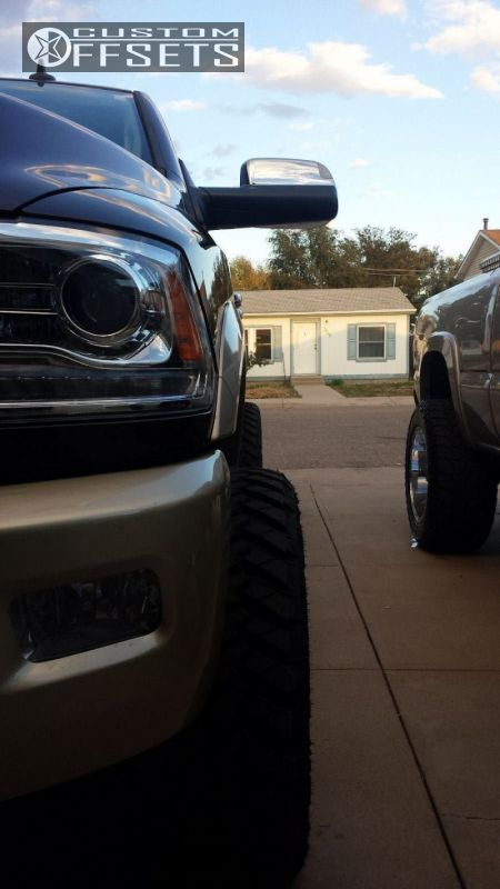 """2014 Ram 2500 Super Aggressive 3""""-5"""" on 20x12 -44 offset Moto Metal MO969 and 305/55 Nitto Terra Grappler G2 on Leveling Kit - Custom Offsets Gallery"""