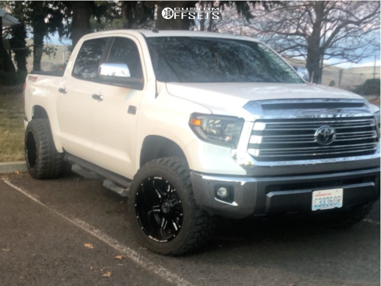 "2019 Toyota Tundra Aggressive > 1"" outside fender on 20x12 -44 offset Anthem Off-Road Equalizer and 33""x12.5"" Federal Couragia Mt on Leveling Kit - Custom Offsets Gallery"