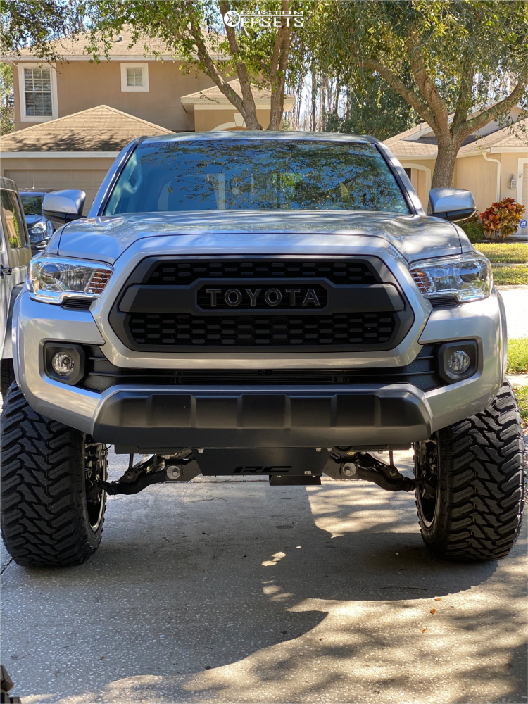 2 2019 Tacoma Toyota Rough Country Suspension Lift 6in Motiv Offroad Magnus Black