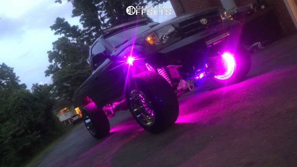 """1998 Toyota Tacoma Aggressive > 1"""" outside fender on 20x12 -51 offset ARKON OFF-ROAD Caesar and 33""""x12.5"""" Nitto Ridge Grappler on Suspension Lift 6"""" - Custom Offsets Gallery"""